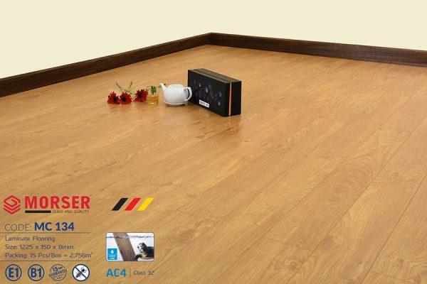 Sàn gỗ Morser 8mm cốt xanh MC134