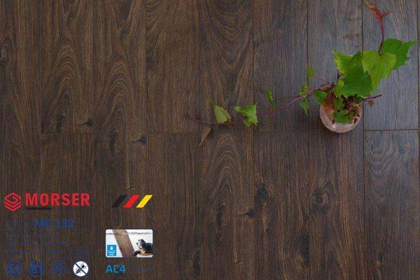 Sàn gỗ Morser 8mm cốt xanh MC132