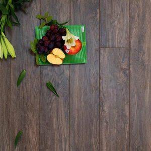 Sàn gỗ Morser dày 8mm cốt xanh MC131