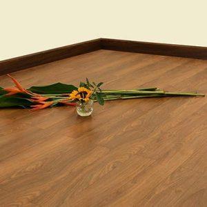 Sàn gỗ Morser dày 8mm cốt xanh MC135 chính hãng