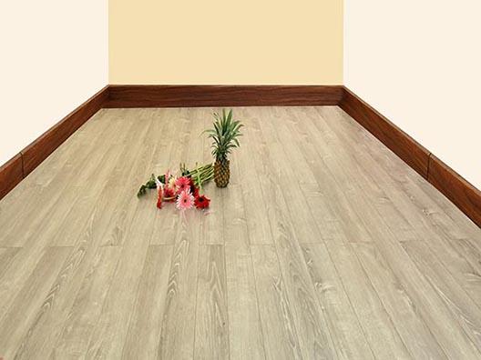 Sàn gỗ Morser cốt xanh MC130 dày 8mm