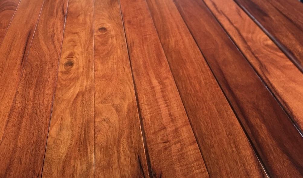 Sàn gỗ tự nhiên hay công nghiệp
